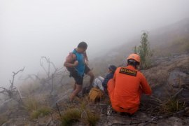 Dua pendaki Gunung Agung-Bali ditemukan selamat