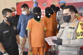 Jaringan pencetak dan pengedar uang palsu di Bogor diungkap polisi