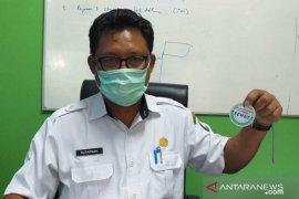 DKPP Belitung tandai hewan kurban sehat menggunakan kalung