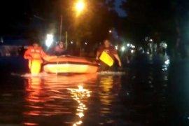 Ini sejumlah lokasi di Kota Padang yang digenangi banjir akibat hujan deras
