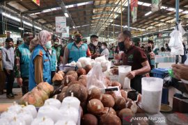 Tingkat kepatuhan warga Tangsel terapkan protokol kesehatan pada PSBB meningkat