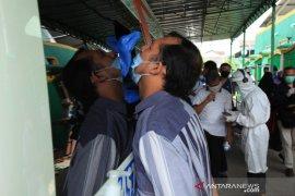 Telusuri klaster industri, Pemprov Jabar gelar tes usap massal pekerja pabrik di Bekasi