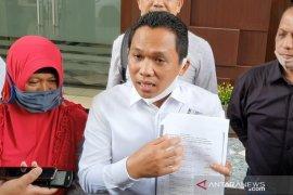 Diperiksa polisi, Bupati Lumajang jelaskan kronologi penyerobotan tanah milik Salim Kancil