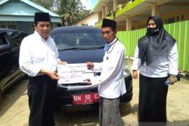 Pemkab Bangka Tengah bantu dua pondok pesantren mobil operasional