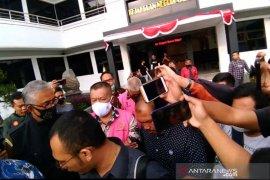 Kuasa Hukum: Kadispora Garut mengaku dikorbankan dalam kasus korupsi SOR Ciateul