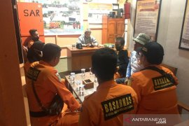 Kapal nelayan dengan tiga ABK dilaporkan hilang di laut Pangandaran