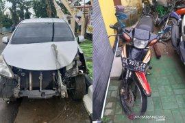 Kronologis kecelakaan di Desa Ilung yang terekam CCTV, beruntung pengendara F1ZR selamat