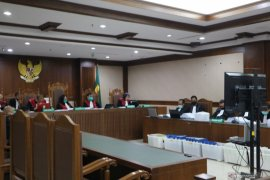 KPK menyatakan tetap yakin Tubagus Chaeri Wardana lakukan pencucian uang