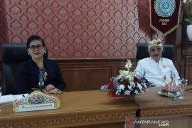 Suastini Koster minta perempuan Bali aktif dalam tatanan sosial-budaya