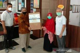Peringati hari pajak kanwil Riau gelar bakti sosial