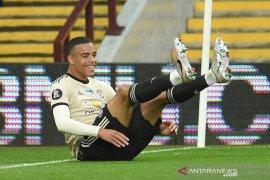 Manchester United  hantam Aston Villa 3-0, berpeluang masuk empat besar