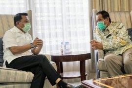 Rektor UI Ari Kuncoro temui Moeldoko bahas situasi terkini