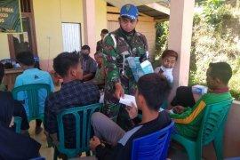 Cegah COVID-19, Danramil Sanggau Ledo ikuti intruksi pemerintah