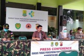 Pasangan suami isteri di Karawang terkonfirmasi positif COVID-19