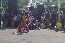 Cirebon izinkan seniman kembali berkegiatan, ini syaratnya