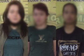Polisi ringkus tiga wanita pengedar sabu-sabu