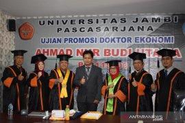 Penelitian lulusan doktor Unja di harapkan perkaya pengetahuan