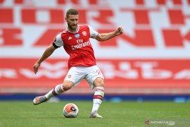 Arteta ingin Shokdran Mustafi perpanjang kontrak dengan Arsenal