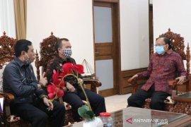 Gubernur apresiasi Kemenkumham Bali bentuk Pos Layanan Hukum Desa