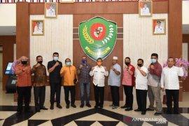 Ini catatan Bupati Tapsel atas kunjungan anggota DPRD Dapil Sumut VII