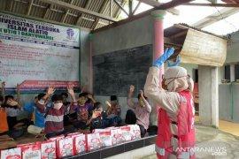 Dukung normal baru PMI Banyuwangi gencar lakukan sosialisasi dan distribusi bantuan (Video)