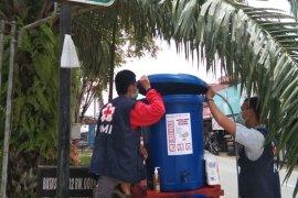 PMI Kalsel tempatkan puluhan tempat cuci tangan di ruang publik