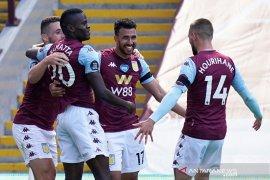 Liga Inggris: Villa jaga asa hindari degradasi setelah membekap Palace 2-0