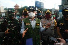 "Pj Wali Kota instrusikan telusuri kontak"" camat positif COVID-19"