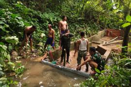 Pekerjaan penampunan air bersih terus kejar target