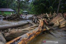 Banjir bandang terjang Sigi Page 1 Small