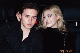 Putra David Beckham, Brooklyn resmi bertunangan dengan aktris Nicola Peltz