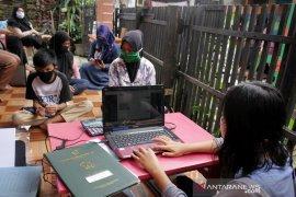 PPDB jalur zonasi secara daring di Makassar Page 2 Small