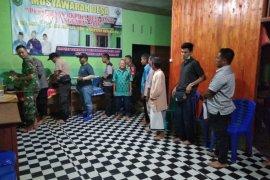 Ramah tamah Kades Danti undang anggota Satgas TMMD