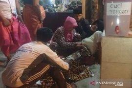 Dinkes Sampang cabut izin praktik bidan telantarkan ibu hendak melahirkan
