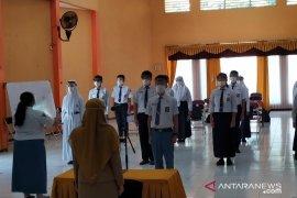 Sekolah di Surabaya gelar MPLS secara tatap muka dan daring