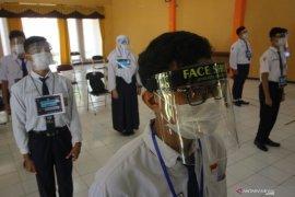 Pembukaan MPLS SMA di Surabaya