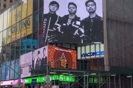 """Weird Genius tidak menyangka """"Lathi"""" terpampang di Times Square"""