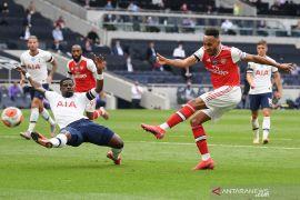 Tottenham Hotspur kalahkan Arsenal 2-1