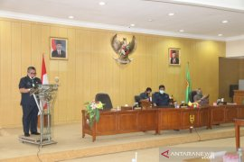 Wali Kota sampaikan KUA PPAS 2021 ke DPRD Banjarbaru