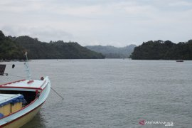 Pemkab Malang tutup kawasan wisata pantai sepanjang JLS