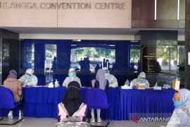 Rektor: 60 persen peserta tes cepat UTBK di Unair warga Surabaya