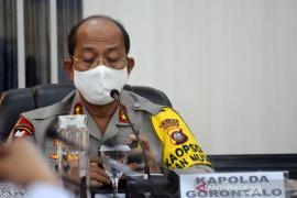 Kapolda Gorontalo imbau tidak ada yang main-main dengan COVID-19