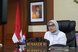 Minister stresses on vocational training to reap demographic bonus