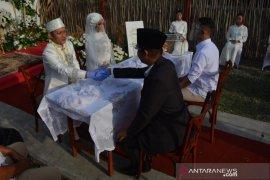 Simulasi pernikahan normal baru di Jombang