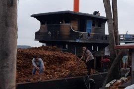Kapal di Inhil terbakar, satu ABK meninggal dunia