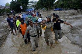 Dampak banjir Luwu Utara,  24 meninggal 69 orang hilang 10  rumah hanyut dan 213 tertimbun lumpur
