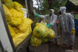 Dinas LH DKI tangani 1.231 kilogram sampah masker
