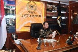 Ketua MPR: Gotong royong selamatkan masyarakat di masa pandemi
