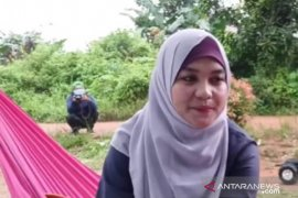 Pasang tarif Rp185 juta, janda cantik ini viral di media sosial (Video)