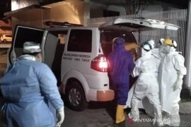 PMI Jember sediakan layanan pejemputan jenazah terkait COVID-19